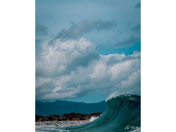 Waves Crashes